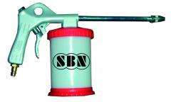 Sprühpistole mit Kunststoffbehälter